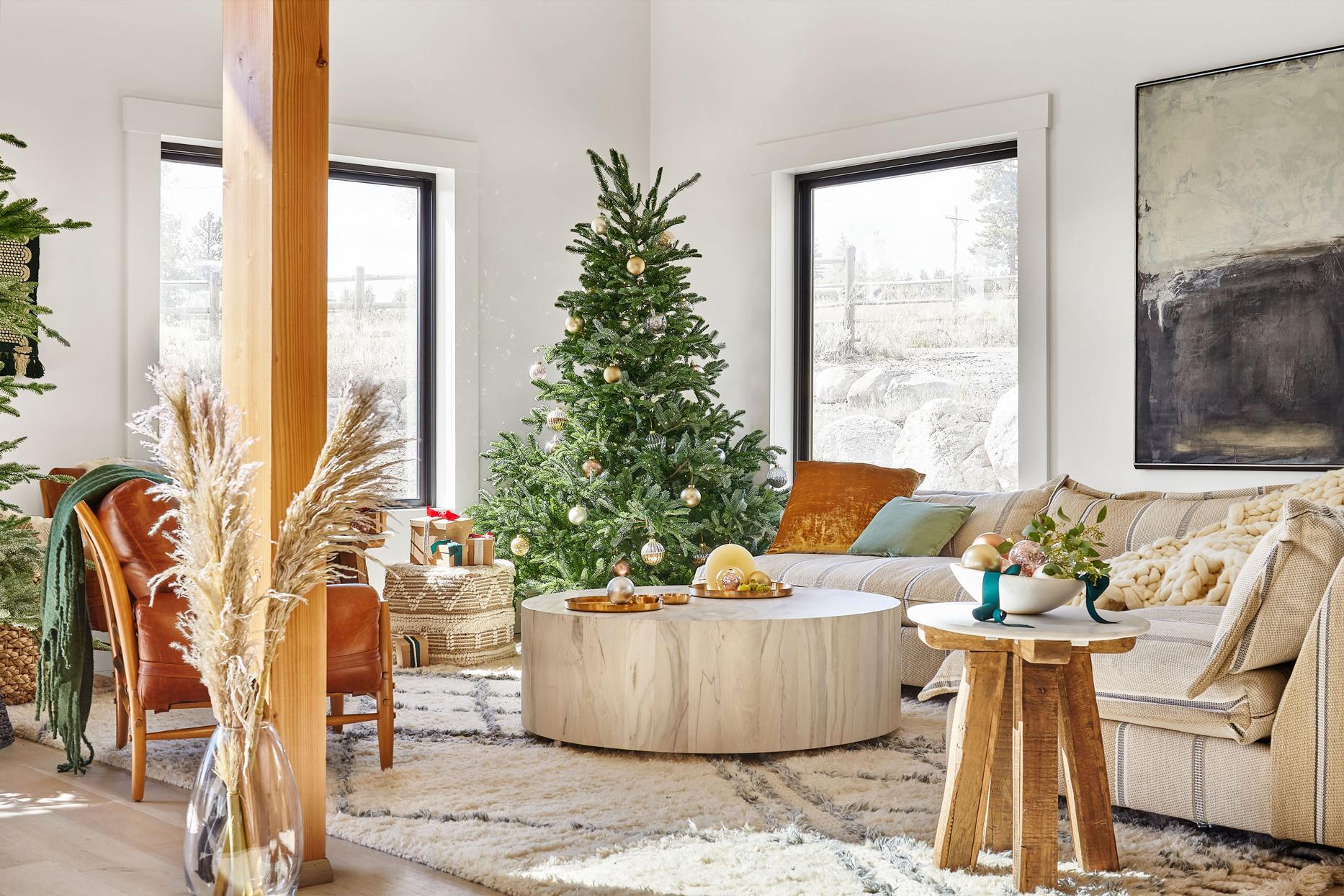 tieghan gerards festive rustic living room