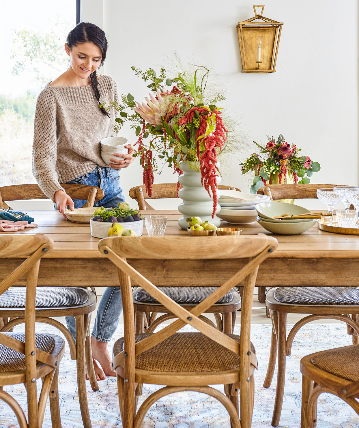 tieghan gerard setting table
