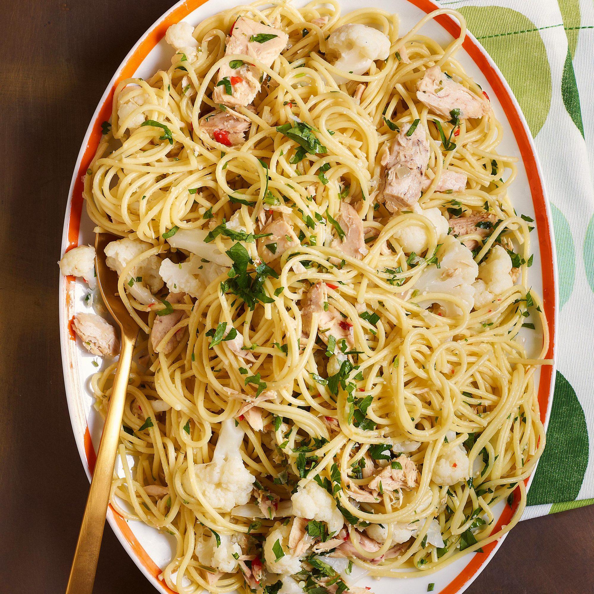 Spaghetti with Cauliflower & Tuna