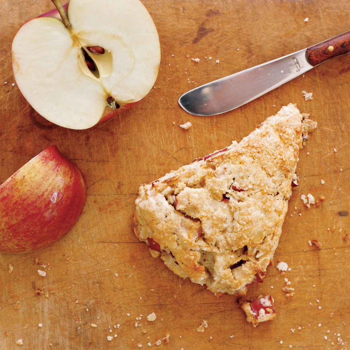 oatmeal-apple scones