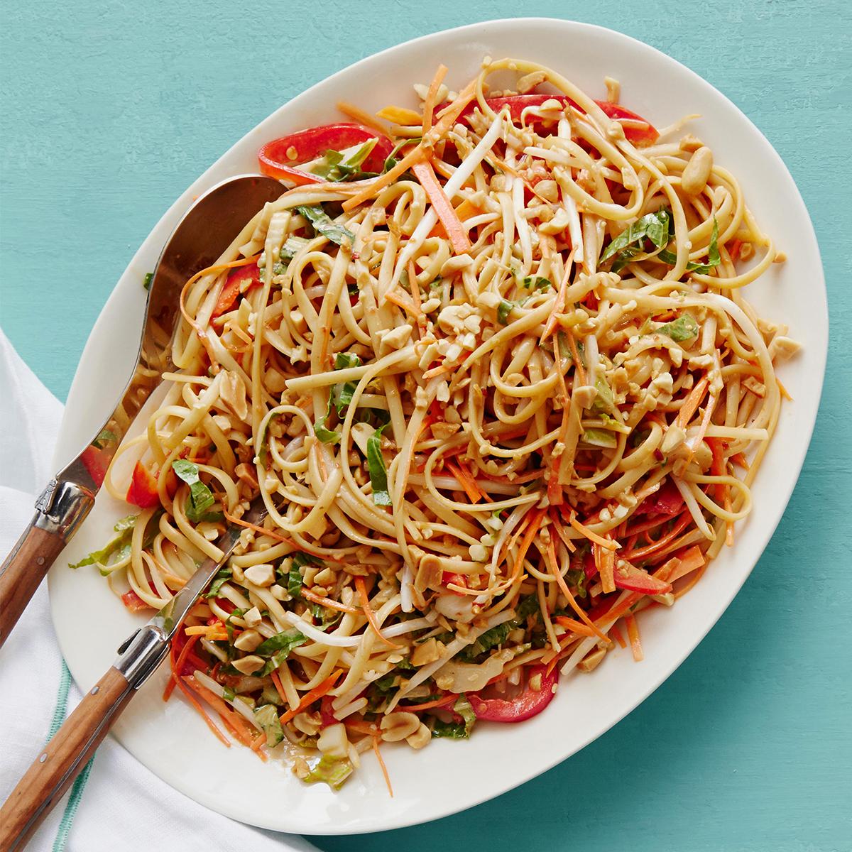 peanut noodles with veggies