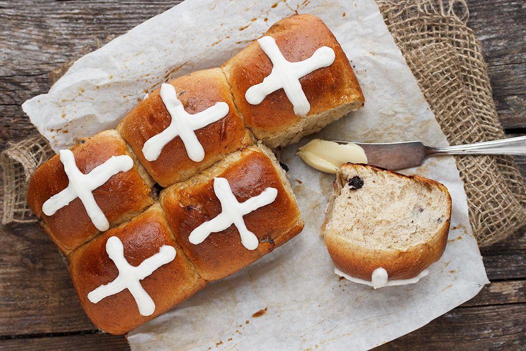 blueberry-hot-cross-buns1050-8