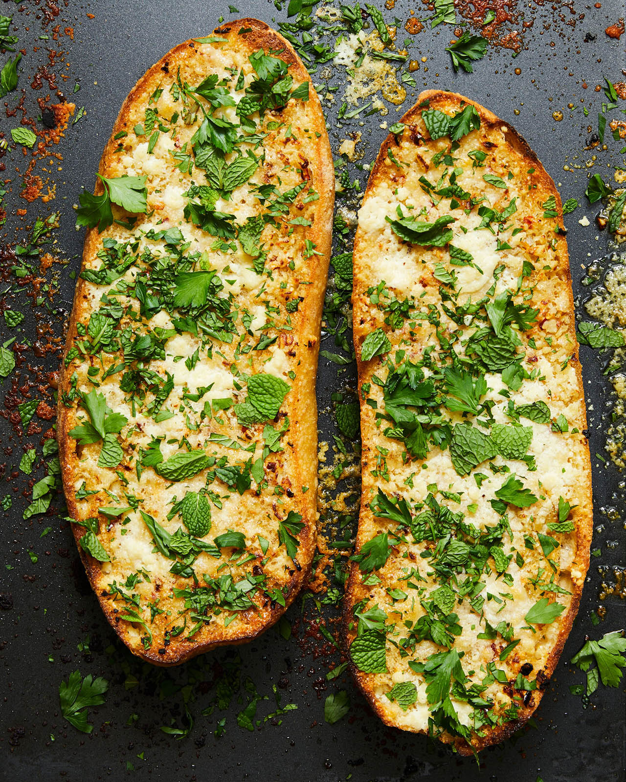 garlic bread with mint and parsley