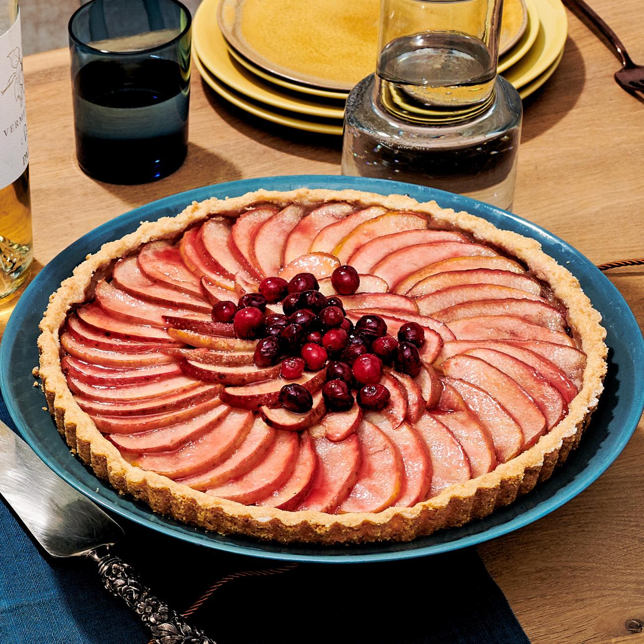 apple cranberry tart with toasted hazelnut crust