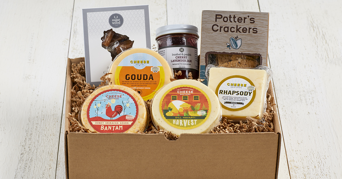 Wisconsin Cheese Sweetheart's Gift Collection Special Valentine's Day Edition box[3]