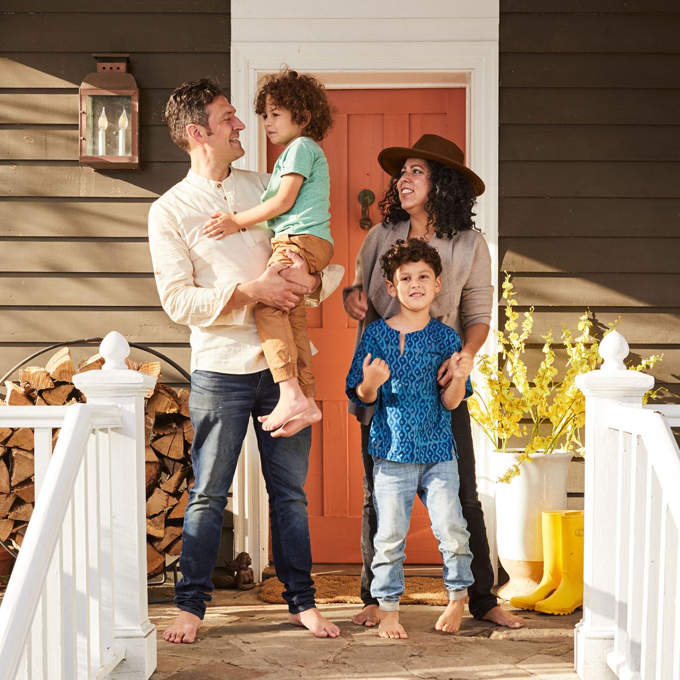 Evette Rios home front door family portrait