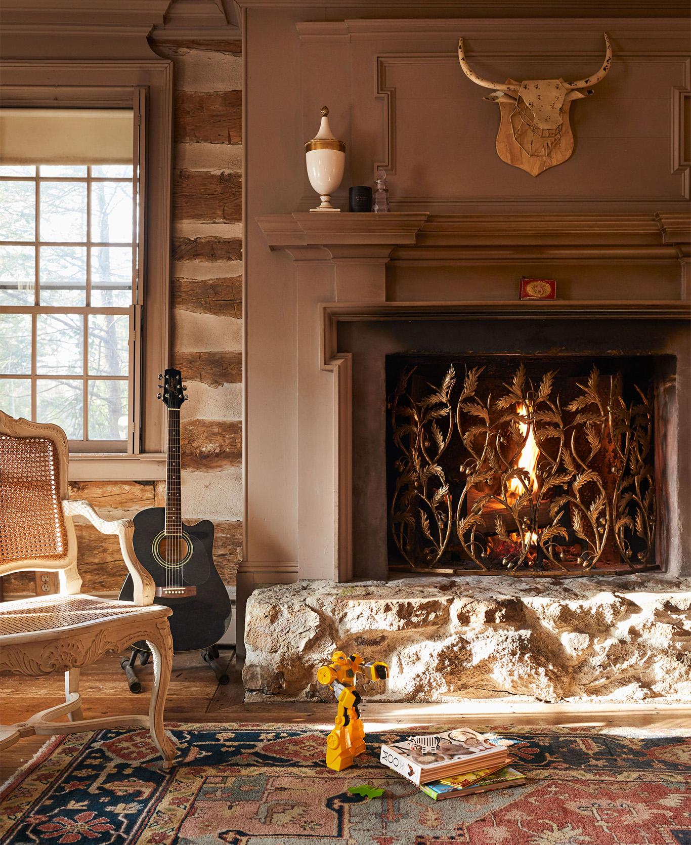 Evette Rios home living room fireplace