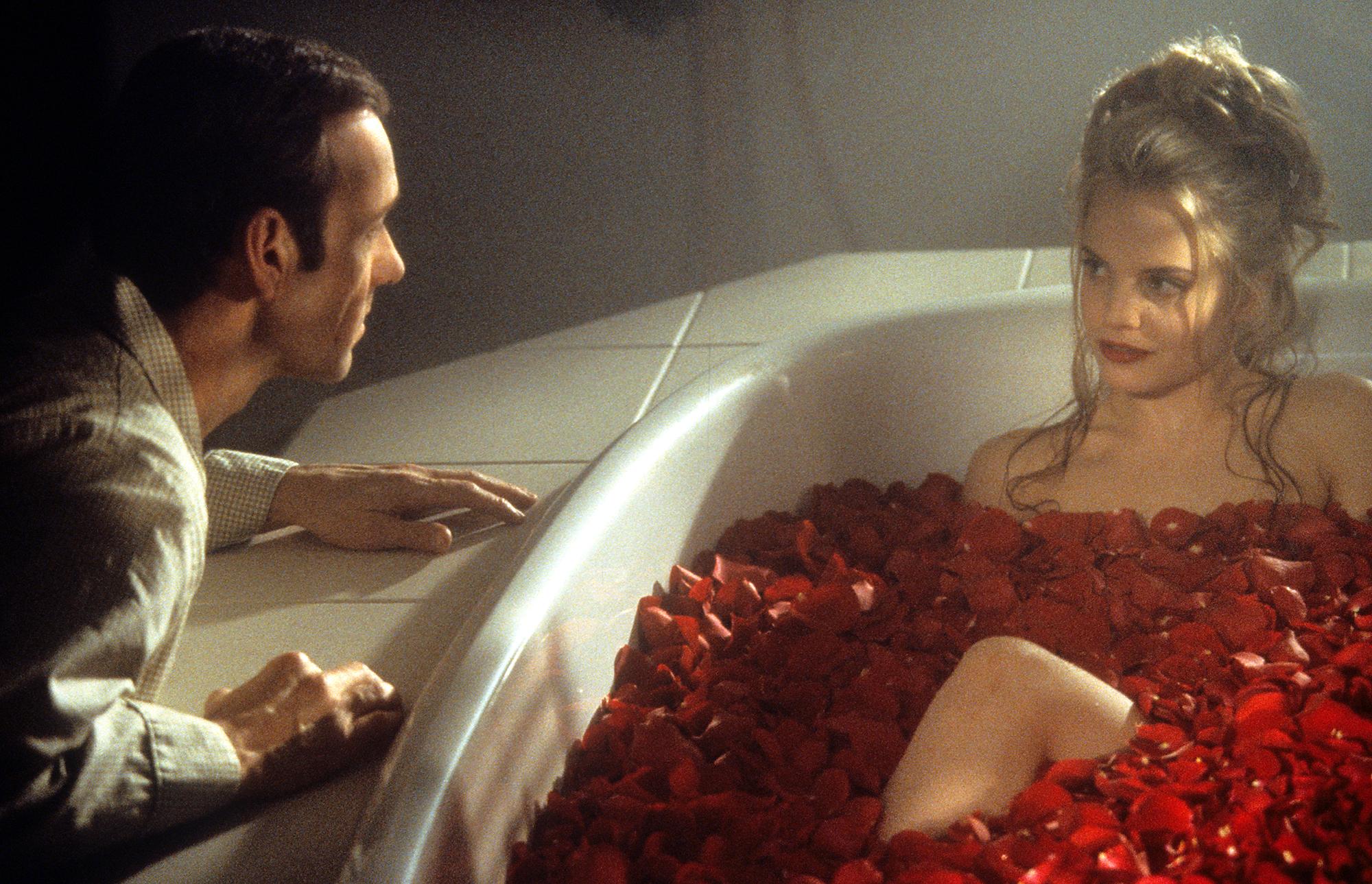 Kevin Spacey And Mena Suvari