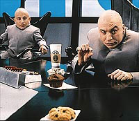 Mike Myers, Verne Troyer, ...