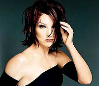 Gloria Estefan, Sony Music 100 Years: Soundtrack for a Century