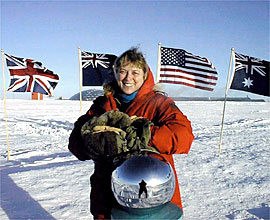 Jerri Nielsen, Ice Bound: A Doctor's Incredible Battle for Survival at the South Pole