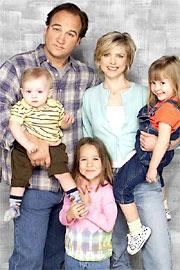 Jim Belushi, Courtney Thorne-Smith, ...