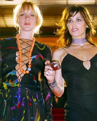 Gina Gershon, Chloë Sevigny, ...