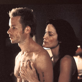 Guy Pearce, Carrie-Anne Moss, ...