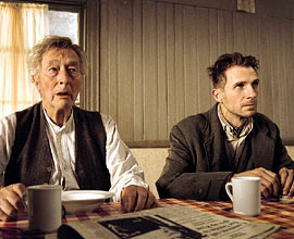 John Neville, Ralph Fiennes, ...