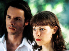 Guy Pearce, Lili Taylor, ...