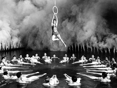 ANNETTE KELLERMAN (Esther Williams) Million Dollar Mermaid (1952) Glamour! Beauty! And sassier water tricks than the U.S. Olympic Synchronized Swimming team! Need we say more?