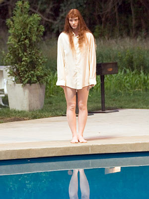 STORY (Bryce Dallas Howard) Lady in the Water (2006) Overlooking the fact that her presence attracts dangerous, carnivorous creatures from a mythological realm, this chick…
