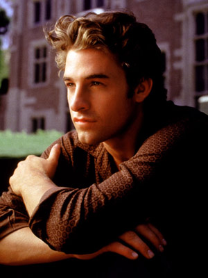 BEN COVINGTON (Scott Speedman) Felicity (1998-2002) You know how your friends like to follow up weekend parties with gossipy phone calls and e-mails. So don't…