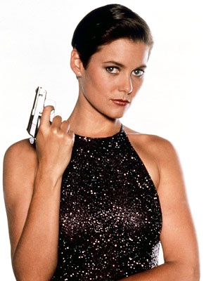 License to Kill, Carey Lowell | We see what the Bond brain trust was trying to do by naming their main dame after Jackie O (and even winking at that fact…