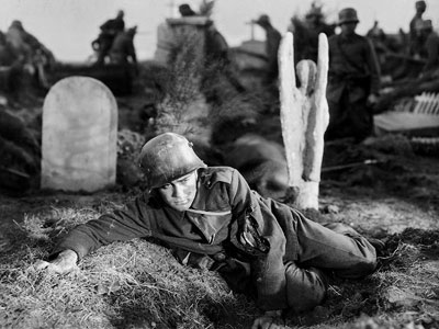 All Quiet on the Western Front, Lew Ayres