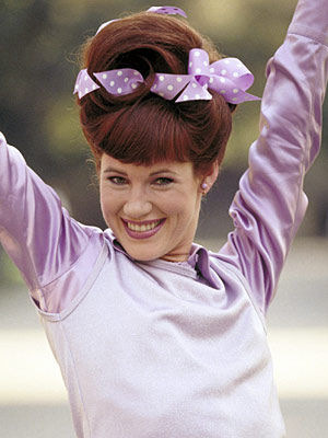 Clueless, Elisa Donovan | AMBER (Elisa Donovan) Clueless If mean girl Amber had known that Velma's bomb-laced weave was possible, she might have incorporated it into her own '90s…