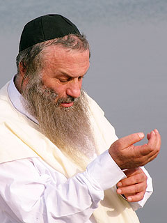 Assi Dayan, My Father My Lord