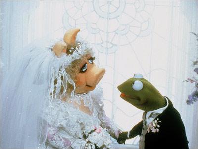 Miss Piggy, Kermit the Frog, ...