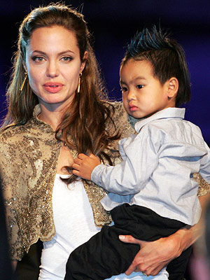 Angelina Jolie | When the little guy surfaced at mom Angelina's Shark Tale premiere with a spiky blue 'do, he set off a trend of adult-size 'hawks —…