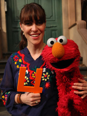 Feist, Sesame Street | FEIST The indie chanteuse kicked off the show's 39th season with a monsterrific version of her ubiquitous counting song, ''1-2-3-4.'' WATCH IT!