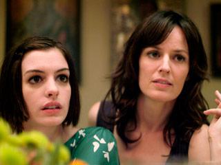 Anne Hathaway, Rosemarie DeWitt, ...