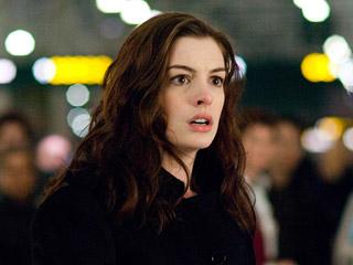 Anne Hathaway, Passengers