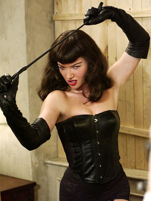 Gretchen Mol, The Notorious Bettie Page | There are some things best left to the experts. To wit, here's EW movie critic Owen Gleiberman: ''The great joke of The Notorious Bettie Page…