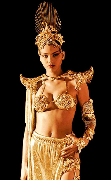 Played by: Ornella Muti Film: Flash Gordon (1980) As the daughter of Mongo's despot Ming the Merciless, Aura was used to getting whatever she wanted.…