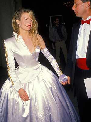 Oscars 1990, Kim Basinger | Kim Basinger (1990) Another theory on the actress's best turn (see previous slide): She was still atoning for this Jekyll and Hyde atrocity.