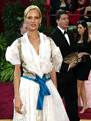 Oscars 2004, Uma Thurman | Uma Thurman (2004) It's a testament to the actress's beauty that even in remnants from the Sound of Music wardrobe closet she still looked beautiful.…