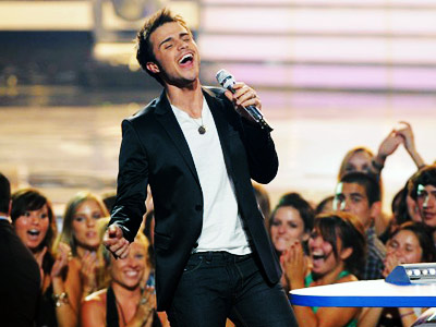 Kris Allen, American Idol | Once a year, Idol gives the public a chance to overthrow the Auto-Tune-ocracy known as the record industry by catapulting an undiscovered talent (or two)…