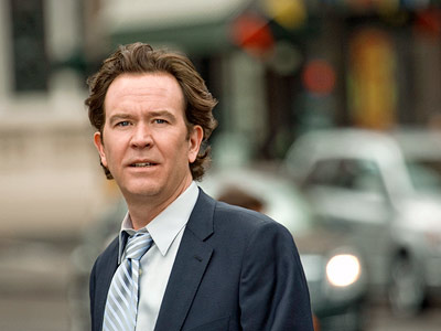 Timothy Hutton, Leverage