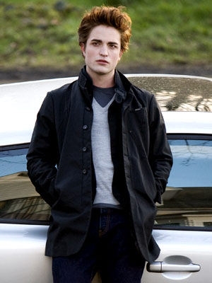 Robert Pattinson, Twilight | Vampires are so hot right now. Actually, you already knew that. ( True Blood , Twilight )