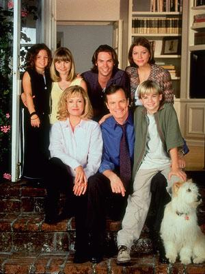 Barry Watson, Jessica Biel, ... | 7th Heaven (1996-2007) Not just Spelling's longest-running hit, but also the longest-running family drama on U.S. television: The 11-year run followed the affable Rev. Camden…