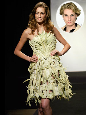 HOT Austin Scarlett's cornhusk dress (season 1, episode 1) The prim contestant with a penchant for neck scarves won the very first challenge of the…
