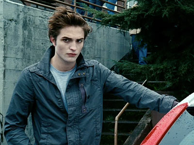 Twilight | Edward Incarnate The actor, best known for playing Cedric Diggory in Harry Potter and the Goblet of Fire , sent the Twilight er blogosphere into…