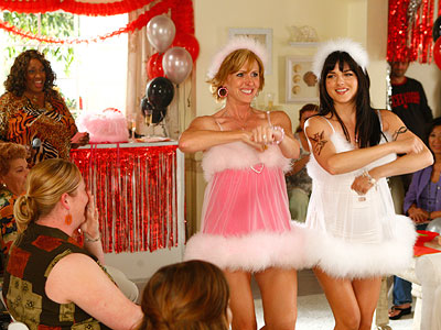 Selma Blair, Molly Shannon, ...   2008-2009, NBC, 17 episodes The original, Australian Kath & Kim garnered gads of awards, had one of the highest rated season openers in down under…