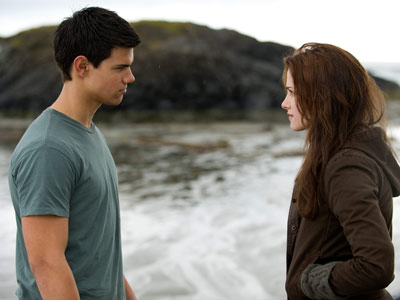 The Twilight Saga: New Moon | Jacob (Taylor Lautner) and Bella (Kristen Stewart) talk hard about motorcycles, cliff-jumping, and the great new guys he's started hanging out with.