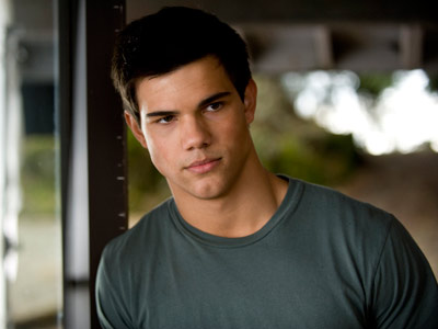 The Twilight Saga: New Moon | Taylor Lautner returns to play an older, wiser — and much bigger — Jacob Black