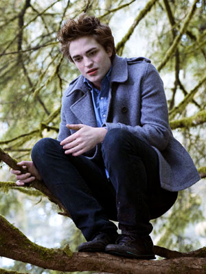 Robert Pattinson, Twilight | Role Smoldering vamp Edward Cullen, who craves Bella's body — and her blood Where you've seen him The brooding Brit is best known as doomed…