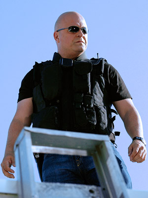 Michael Chiklis, The Shield | Michael Chiklis The Shield (2002-2008) In the '90s, Michael Chiklis was a lovable small-town police commissioner on a show so adorable it was called The…