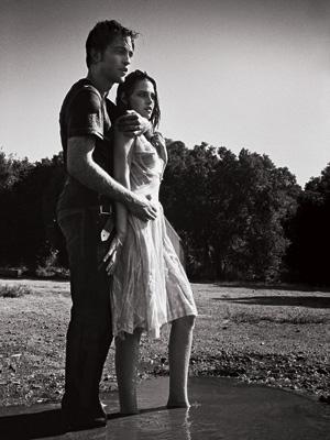 Kristen Stewart, Robert Pattinson, ... | Robert Pattinson's granite-bodied bloodsucker Edward Cullen craves Bella (Kristen Stewart) — in more ways than one.