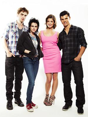 Ashley Greene, Taylor Lautner, ... | ROBERT PATTINSON, KRISTEN STEWART, ASHLEY GREENE AND TAYLOR LAUTNER, New Moon