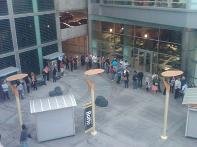 Readers lined up waiting to get into the screening.